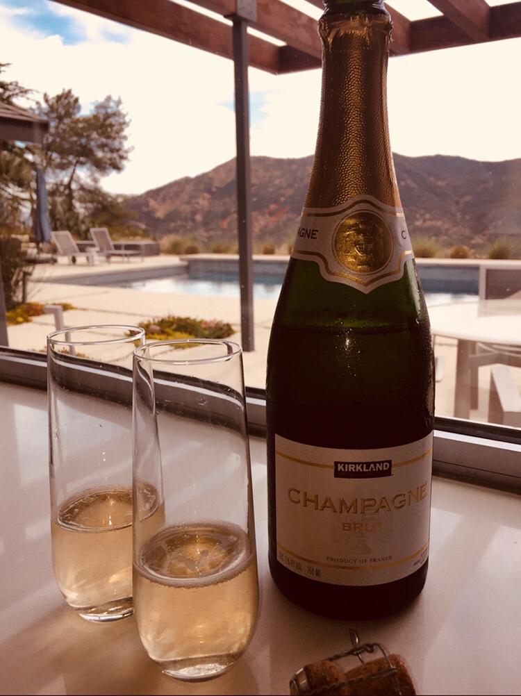 NV Kirkland Champagne Brut